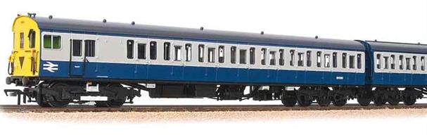 An excellent choice by Bachmann to expand the range of Southern electric units. The 2-car 2-HAP units comprised a motor coach almost identical to the 2-EPB motor coach, coupled to a lavatory composite trailer car. Provided with first class accomodation and a toilet the HAP units were better suited for longer outer suburban services.