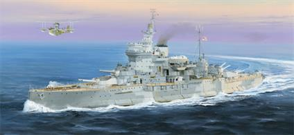 Trumpeter 1/350 HMS Warspite Royal Navy Battleship WW2 Plastic kit 05325Number of Parts 540Length 558mmGlue and paints are required to assemble and complete the model (not included)