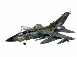 Revell 1/72 RAF Tornado GR1 Ground Attack Bomber Kit 04619Length 243mm Number of Parts 198 Wingspan 201mmGlue and paints are required