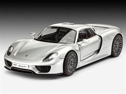 Revell 1/24 Porsche 918 Spyder Length 194mm  Number of Parts 129