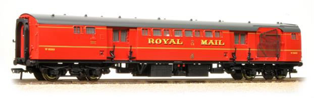 Expected June 2020A highly detailed model of the British Railways Mk.1 series of travelling post office sorting vans, built in the 1950s to re-equip the Royal Mail travelling post office trains.This model represents the early guise of these coaches, painted in the BR TPO red colour and fitted with a catch net, allowing the train to collect mail bags from lineside apparatus while travelling at speed.Era 5 1957-1966