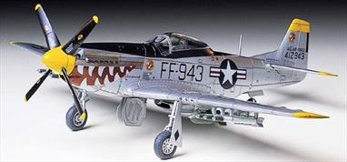 Tamiya 1/72 NA F-51D Mustang Korean War Fighter Model 60754Glue and paints are required
