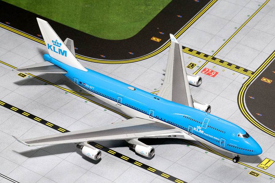 Gemini Jets 1/400 scale diecast aircraft model of a KLM Boeing B747-400 New Livery PH-BFT