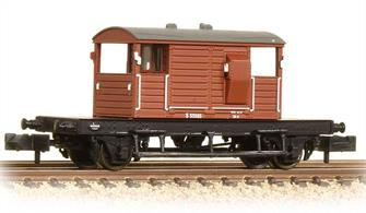 A detailed model of the Southern Railway standard brake van design.This model is painted in British Railways bauxite livery.