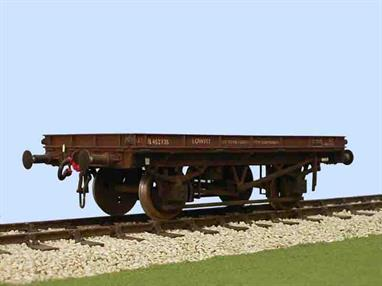 Slaters Plastikard 7069  O Gauge BR Lowfit Wagon Dia1/002Supplied with metal wheels, 3 link couplings and sprung buffers