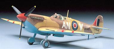 Tamiya 1/48 Supermarine Spitfire Mk.Vb Tropical WW 2 Plastic kit 61035Britain's most recognised aircraft of WW2 this version depicts the tropicalised adaptation used in the desert.Glue and paints are required