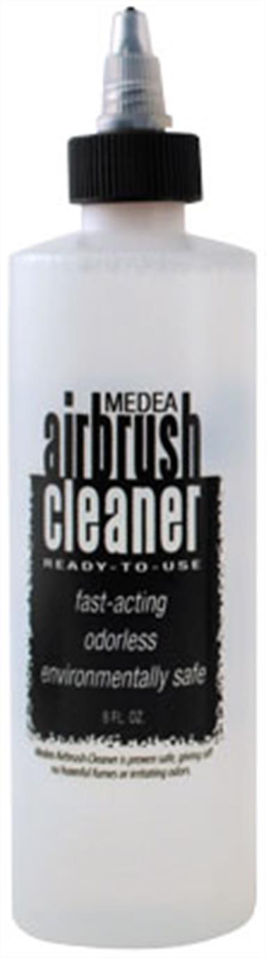 Medea Airbrush Cleaner is a high strength cleaner for acrylics, water-based products, gouache, inks or dyes. It is ready to use and environmentally safe.