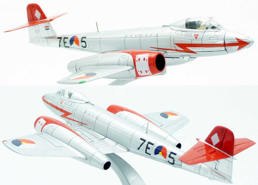 Corgi AA35006 Gloster Meteor F8 Royal Netherlands Air Force Aerobatic Team<br>Model Wingspan 160mm