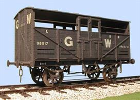 "Slaters Plasticard O GWR 18'6"" Cattle Truck Diagram W1/W5 7054Glue and paints are required to assemble and complete the model (not included)"