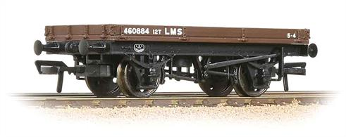 A nicely detailed model of the LMS 1 plank flat wagon, a useful vehicle which could easily be loaded with large items, sheeted or in crates and road vehicles. The low sided 1 plank wagons were also used as runners under overhanging loads carried on bolster wagons.