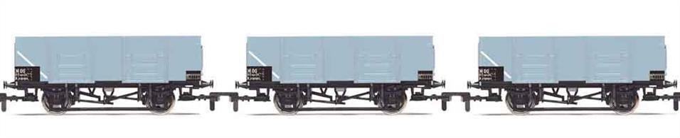 Pack of 3 BR grey livery 21 ton steel body 21 ton mineral and coal wagons.