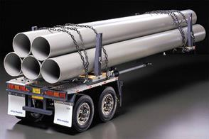 The Pole-Trailer is able to carry pipes of various lenghts due to its collapsible pole. The trailer also features an aluminum chassis and 4 highly detailed wheels. 5 plastic pipes of 55mm in diameter and 75cm in length are also included.