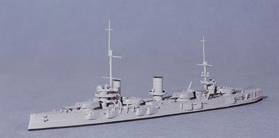 Navis' usual good standard in this WW1 Russian battleship - Gangut was the nameship of a class of 4.