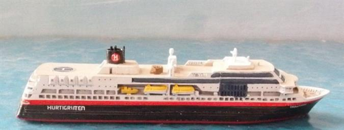 A 1/1250 scale model of Midnatsol of TFDS in 2003 in Hurtigruten colours by Albatros SM AL227A. One of the famous Hurtigruten coastal express ships, Midnatsol is sister-ship to Trollfjord. This was a new casting by Albatros in 2018.