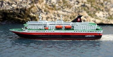 A new 1/1250 scale metal model version of the Kong Harald Norwegian Hurtigruten ship. Another of the famous Norwegian coastal express ships that also offer cruises to holiday makers this time presented in Hurtigruten livery worn in 2016.