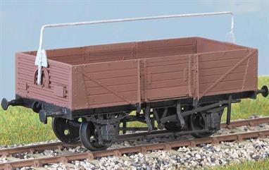 Over 8000 of these wagons (diagram 1/039, 1/044) were built to an LMS design in the 1950s. Used until the 1980s, some lasted another decade in the Civil Engineer's fleet. These finely moulded plastic wagon kits come complete with pin point axle wheels and bearingsGlue and paints are required to assemble and complete the model (not included).