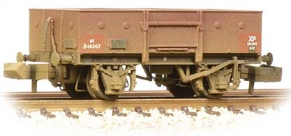 A new model of the BR steel-bodied open merchandise wagon.This model painted in the later version of the BR bauxite goods wagon livery.