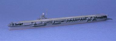 As the last survivor of the carrier fleet from the start of war, she is modelled here in her final condition (1944). The model of Shokaku (Neptun 1213) shows how she looked in 1941 for the attack on Pearl Harbor..
