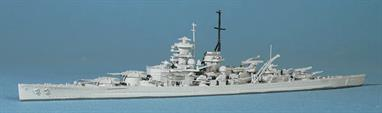 Scharnhorst was completed like Gneisenau, with a straight stem and mainmast attached to the funnel, as modelled here.