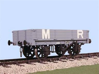 A plastic kit to build a model of the Midland Railway 3-plank dropside wagon. these useful wagons were the precursor of the LMS 3-plank wagon (produced by Ratio and Bachmann) and the BR Medfit class wagons. Some of the Midland wagons were still in service in the early 1950s.