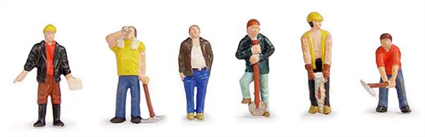 Bachmann OO Construction Workers Pack of 6 Figures 36-042Pack of six pre-painted builder and road repair workmen figures.