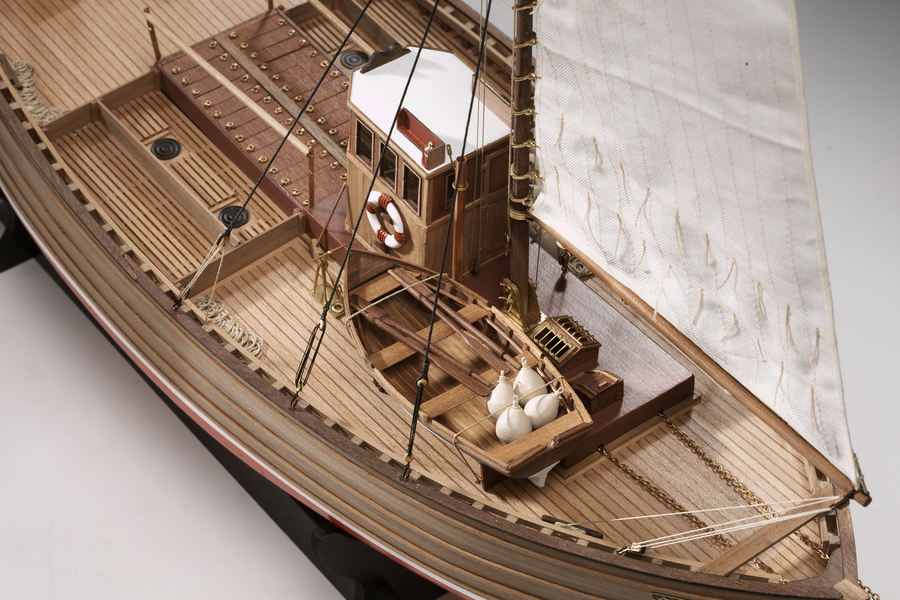 Victory Models 132 Fifie Scottish Motor Fishing Vessel Wood Ship